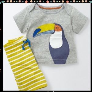 Other - Toucan Pattern T-shirt Shorts Set